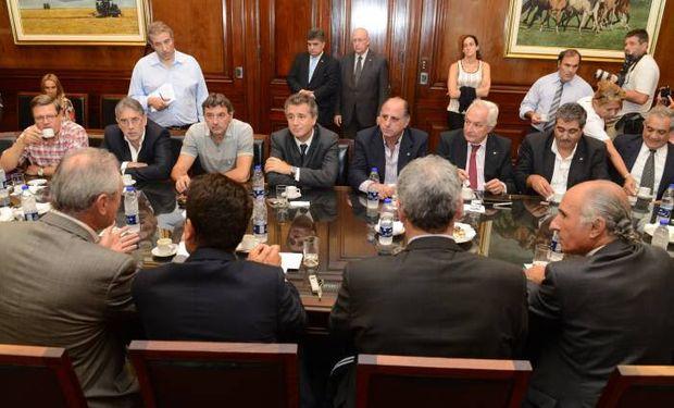 """Durante el encuentro, los representantes de los productores agradecieron el levantamiento del denominado """"cepo sojero""""."""