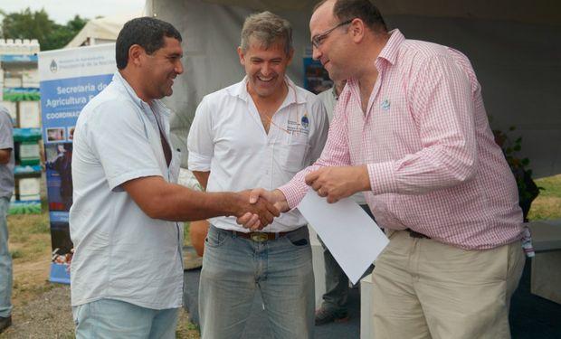 Negri dialogó con productores agrícolas sobre el impacto en los costos de producción por la distancia.