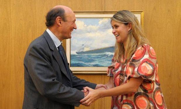 La secretaria de Mercados Agroindustriales, Marisa Bircher y el embajador argentino ante Australia, Hugo Gobbi.