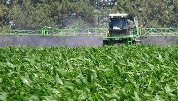 Preocupa una regulación a los agroquímicos