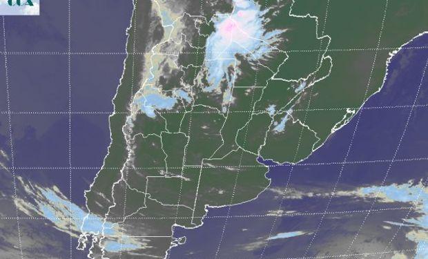 La foto satelital permite apreciar las celdas de tormentas desarrolladas sobre el norte de Salta.
