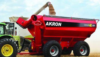 AKRON distinguida como la industria exportadora del año