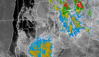 Amplio alerta por lluvias y tormentas