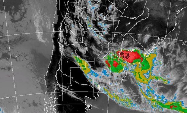 Sobre el área de cobertura podrían ocasionarse abundantes precipitaciones en cortos periodos de tiempo.