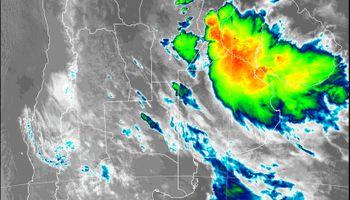 Alerta por tormentas fuertes y ocasional caída de granizo en la región centro
