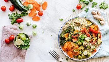 Qué comemos, cómo y cuánto: las preguntas detrás de los nuevos hábitos de alimentación