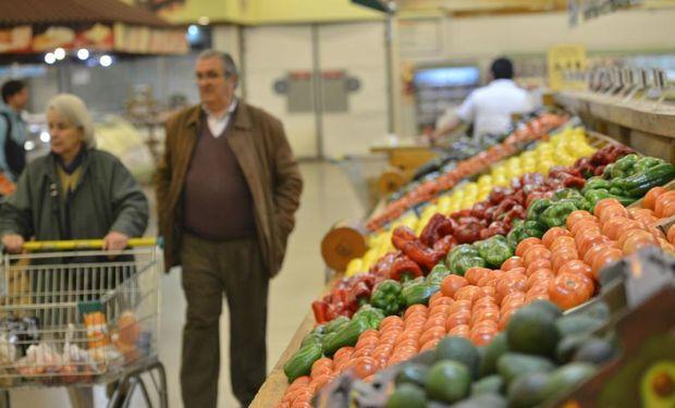 Entre noviembre y febrero, el alza en la ciudad fue de 14,2%; la devaluación, 66,3%.
