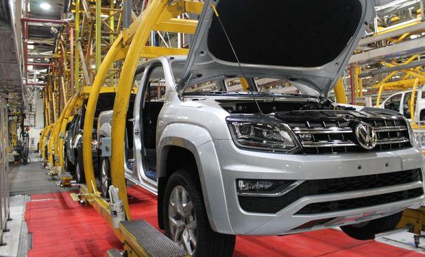 El Gobierno y el sector automotriz trabajan en una ley que promueve la producción nacional y la exportación