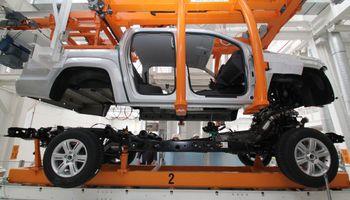 Tras un principio de año negro para las automotrices, el 73% del sector ve estabilidad y crecimiento