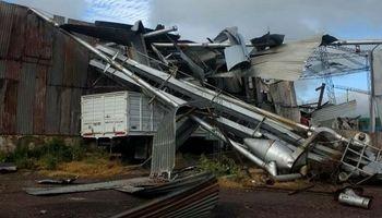 Imágenes: un tornado arrasó con localidades rurales del sudeste de Córdoba