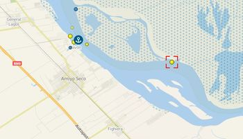 Complicación logística: un buque encalló en el Paraná y se demora la navegación