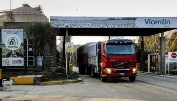 Vicentin confirmó un caso de coronavirus y aíslan a más trabajadores