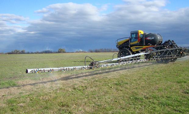 Las cadenas de los principales cultivos de la Argentina emitieron un comunicado conjunto por la prohibición del herbicida en Chubut.