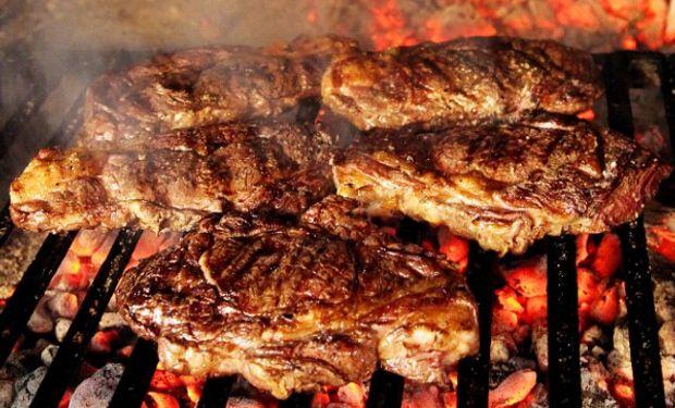 Un sueldo cordobés compra 15% menos de carne que en 2015.