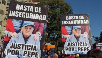 """""""Esta situación ha golpeado mucho"""": se realizó una marcha  por el homicidio del productor rural tucumano"""