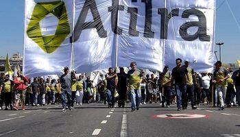 """Atilra señala que el acuerdo es """"integral o nada"""" y estira la medida de fuerza"""