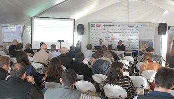 Capacitación y tecnología en el auditorio de Agroactiva