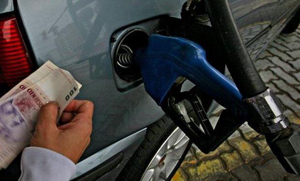 El Gobierno acordó la medida con las petroleras.