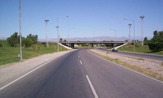 """El funcionario confirmó la decisión de """"duplicar"""" la cantidad de autopistas en el país."""