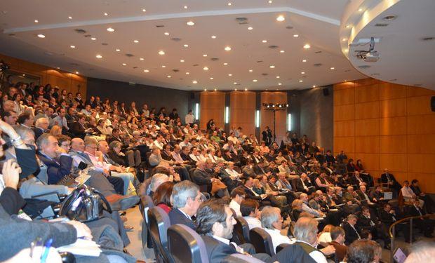 El Auditorio del IAE Business School de Pilar será la sede elegida. Foto de archivo.