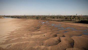 Río Paraná: buscan reorientar un crédito de US$ 300 millones para atender el impacto de la bajante histórica