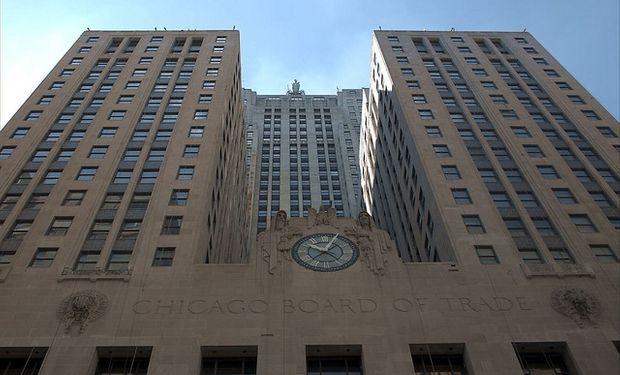 Principales commodities agrícolas bajan en Chicago