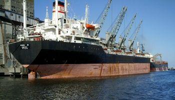 Por menos importaciones, el superávit comercial cayó sólo 6,8% en abril