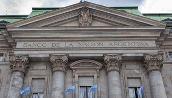 Masivo reclamo de productores al Banco Nación por documentación que exigen las sucursales