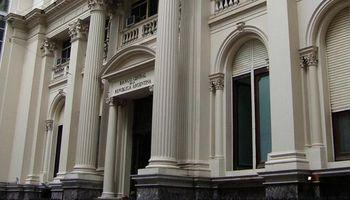 El Banco Central decidió otra baja de las tasas de Lebac