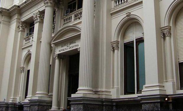 El Central tuvo que vender u$s 40 millones para contener al dólar oficial y las reservas finalizaron en u$s 31.308 millones.