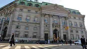 Rebelión contra el Banco Nación: el campo ordenó cerrar cuentas