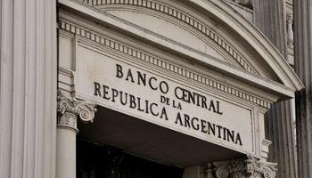 """Para que los bancos paguen más por plazos fijos, les dejan """"encajar"""" más Leliq"""