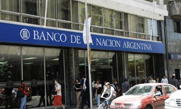 Paran hoy los bancarios por despidos en Tucumán