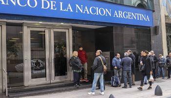 Vuelven los bancos pero con turnos y horarios restringidos
