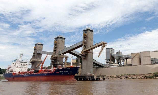 Las agencias marítimas alertaron al presidente por las consecuencias de los conflictos gremiales