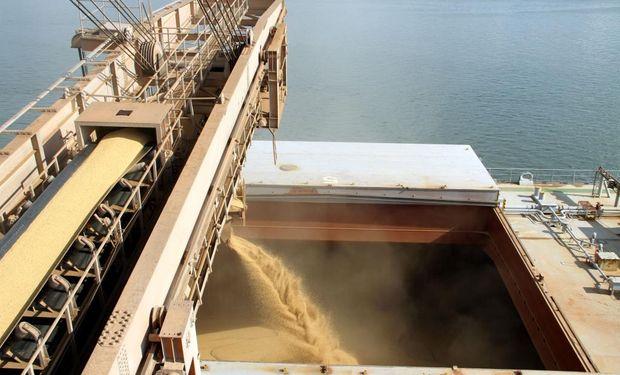 La cola de barcos en Brasil crece, y el abastecimiento está normalizado. Los rindes vienen bien y la recolección gana ritmo.