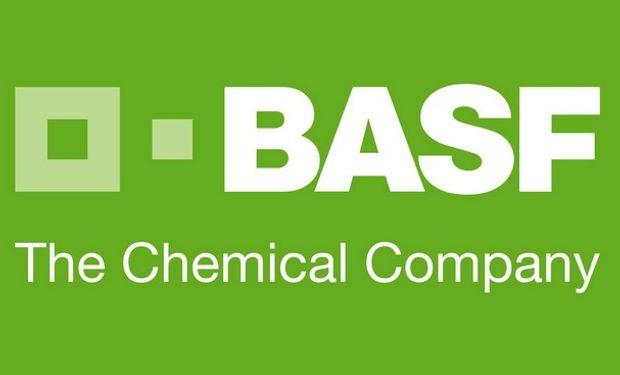 """BASF presentó dos innovadores herbicidas: Atectra® BV, una nueva generación de  Dicamba, y Frontier® P, un herbicida preemergente para el cultivo de maíz""""."""