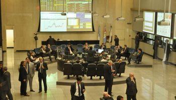 Vicentin asegura que la propuesta cosechó un gran número de adhesiones y el mercado le exige explicaciones