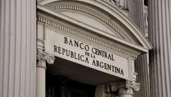 El Ejecutivo tomó u$s 13.000 M del Banco Central para pagar deuda