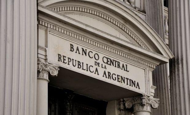 El BCRA vende para sostener al mercado cambiario en un nivel de funcionamiento mínimo indispensable.