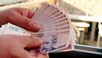 Por la inflación, cada día se pueden comprar menos cosas con el billete de 100 pesos