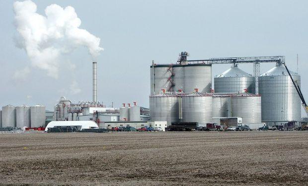 Las nuevas normas tratan de desincentivar el uso de biocombustibles que proceden de cultivos.