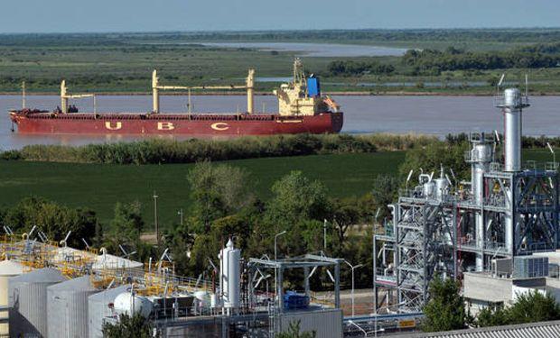 Planta de destilación de biodiésel Cargill en Rosario.