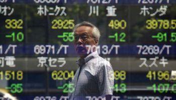 Mercados globales cierran la peor semana del año ante malos datos chinos
