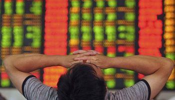 Temblor en las finanzas: se desplomó la bolsa en China