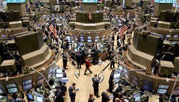 Temor por China volvió a golpear a mercados: Wall Street se hundió 2,8%
