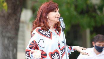 Habló Cristina, Argentina salió del Grupo Lima y los bonos globales cerraron con una fuerte baja