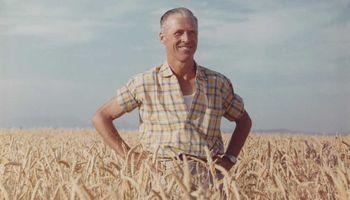 """""""Son años de oro"""": el mensaje viral de Norman Borlaug que recortó un joven estudiante de agronomía"""