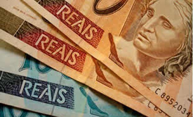 El real se fortaleció tras anuncio de megaplán para contener al dólar