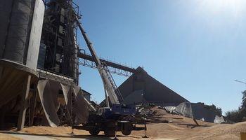 La postura oficial de Bunge por el colapso del silo en Puerto General San Martín